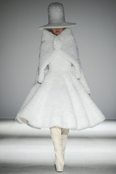 Gareth-Pugh-fall-winter-2014-15